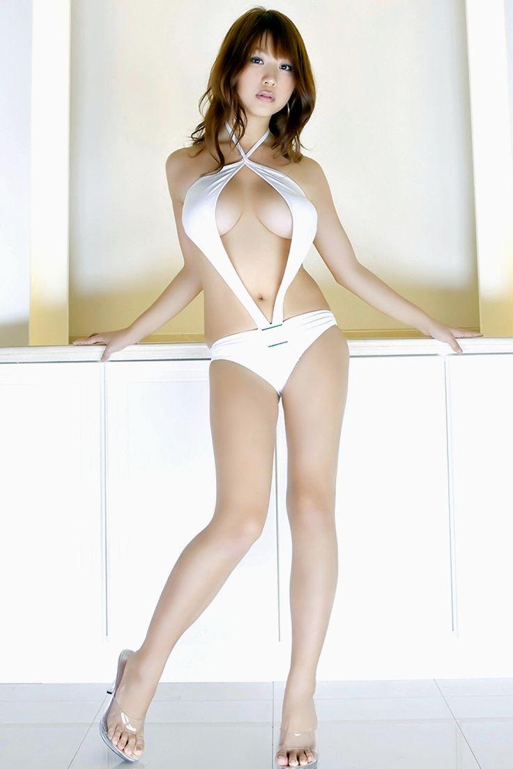 西田麻衣 (Mai Nishida)