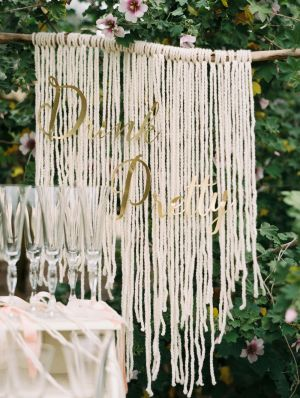 Drink pretty! http://www.stylemepretty.com/california-weddings/bakersfield/2015/08/24/bakersfield-garden-party-bridal-shower/ | Photography: Mariel Hannah - http://www.marielhannahphoto.com/