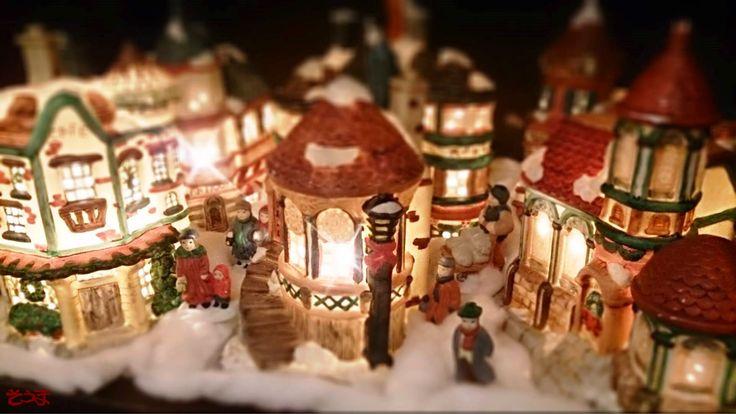うちもようやくクリスマスの飾り付けをしました(#^.^#) 郊外の葉山なので地味~にちょっとだけですけど…(^^;)  2014/12/19