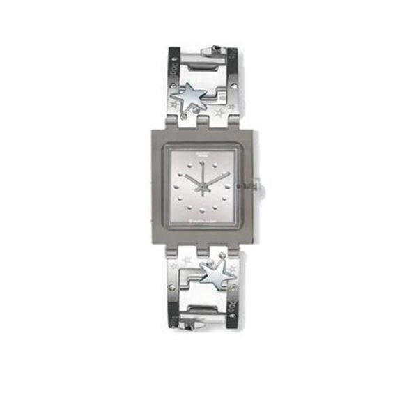 Give your outfit a silver touch: watch from #Swatch #DesignerOutletParndorf