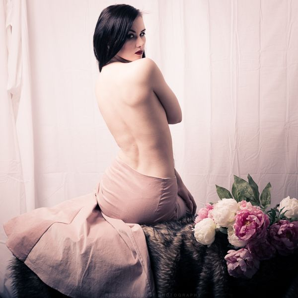 Model: Skylar Leigh