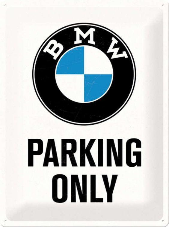 Issa vibe ;)  #issa #vibe #bmw #bmwm #1m #m2 #m3 #m4 #m5 #m6 #bimmerpost #parking #life #lifestyle #cars #automotive #auto #fun #love #family #art