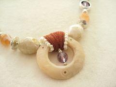 amethist en pre-columbiaanse schelp - kleurrijke wereld sieraden