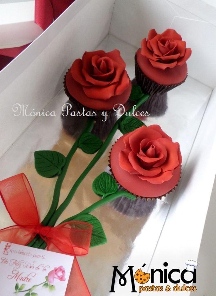 ramo con 3 cupcakes