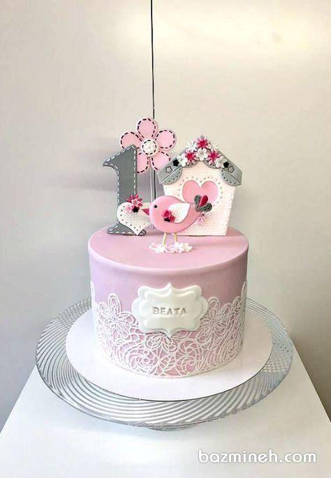 کیک فوندانت جشن تولد دخترونه با تم طوسی صورتی و تزیین زیبا