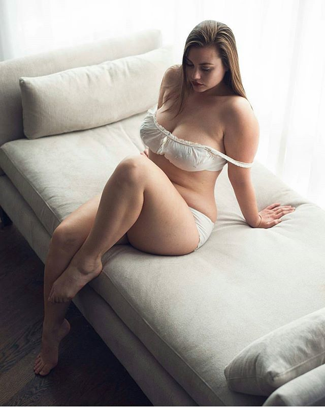 Women Full Figured Sex 121