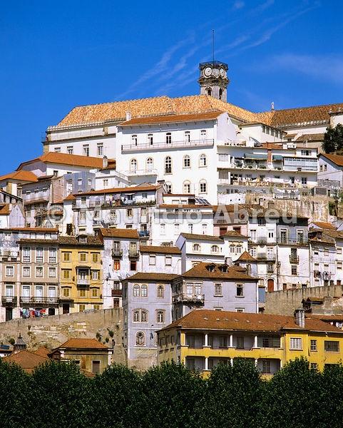 Preciosa panorámica de #Coimbra. #viajes