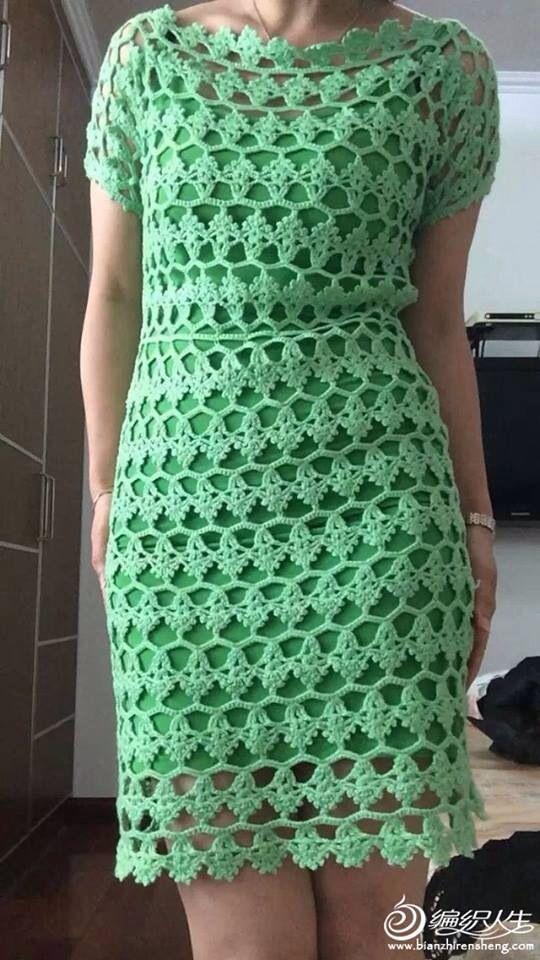 Lindo vestido em crochet