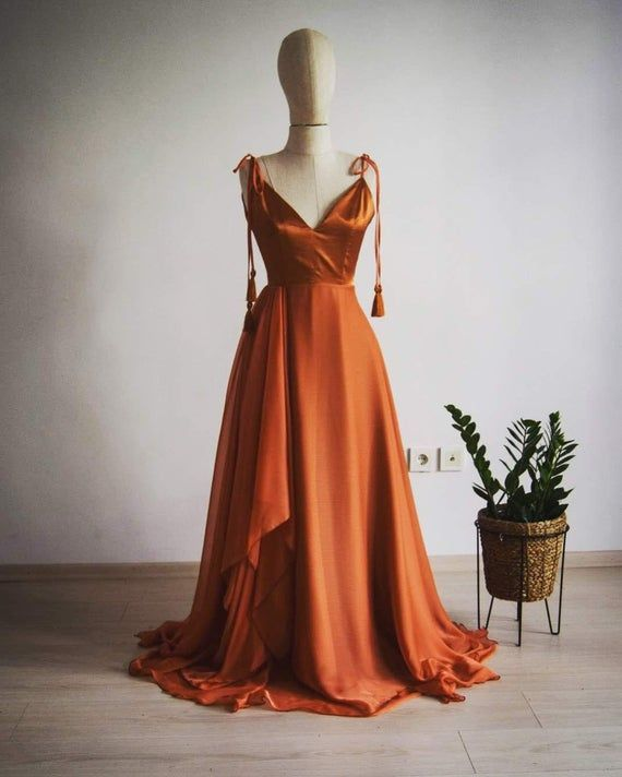 Georgette Silk Chiffon With Top Satin Copper Bridesmaid Dress Etsy Burnt Orange Bridesmaid Dresses Orange Bridesmaid Dresses Copper Bridesmaid Dresses