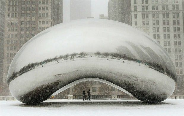 Perfect setting for engagement photos.  The Bean in Millennium Park, one of my favorite spots in Chicago.