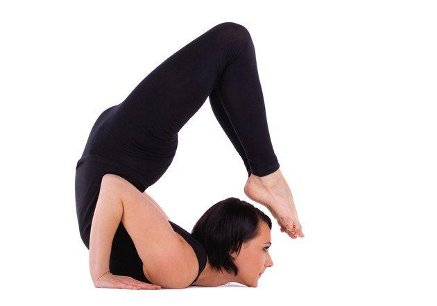 10 insane yoga poses you wish you could strike doyouyogacom - 630×441