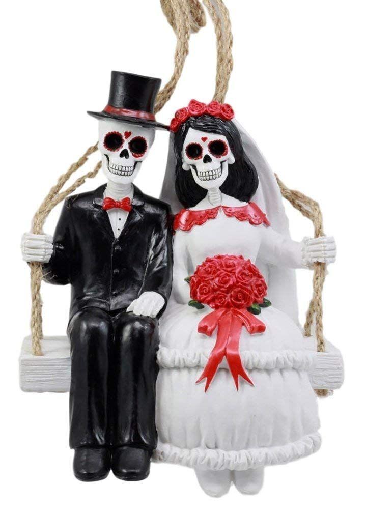 I love the Halloween Swingers!!!