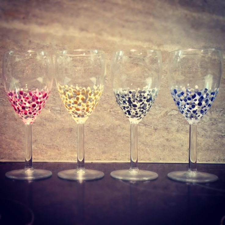 Diy spot your wine glass acrylics painted wine glasses for How to paint a wine glass with acrylics