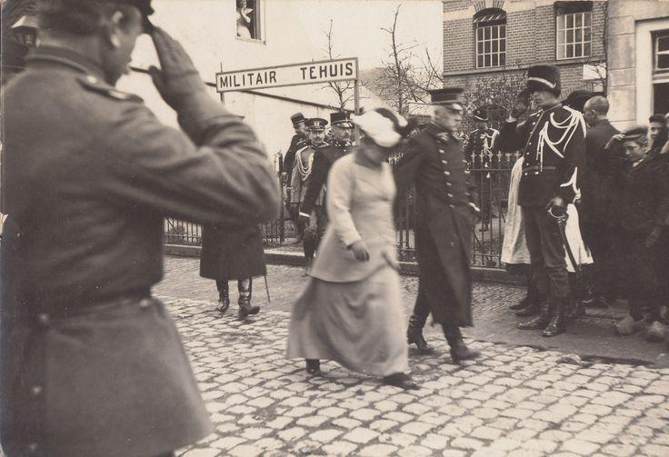 19150215 bezoek Militair tehuis Prinsengracht Den Haag