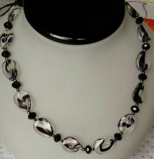 Zwart/kristallen ketting