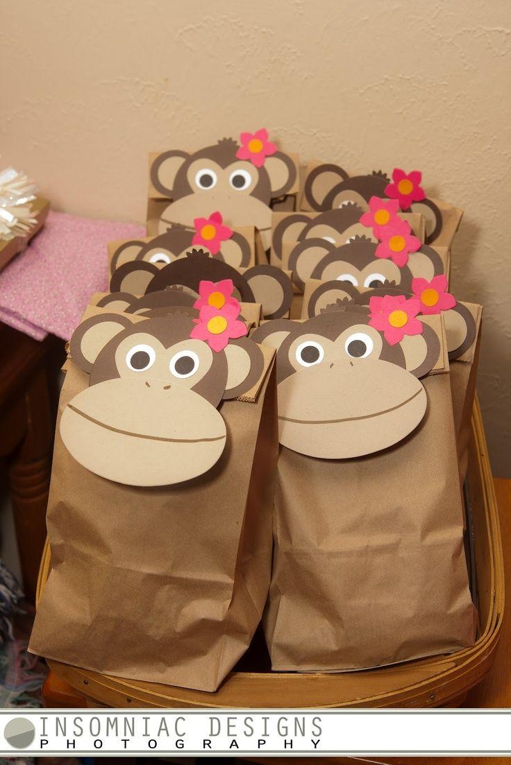 Diese süßen Give-away-Tüten eignen sich perfekt für Deine Dschungel-Party. Wie affig süß!  Danke für diese schöne Idee! Dein balloonas.com  #kindergeburtstag #balloonas #party # safari # dschungel #tiere #mitgebsel #gastgeschenk #give-away