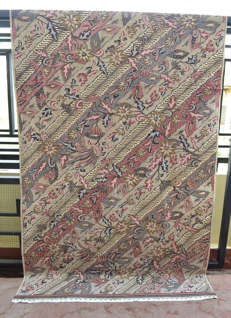 BATIK TULIS PEKALONGAN Dlorong Seno Ver 2  (AVAILABLE FOR SALE)  Price by INBOX / PIN BB 313617F0  Size 2 x 1,1 meter Stock 1 pc  (LIMITED EDITION ONLY 1 Produced)  for serious orders only. thank you :)