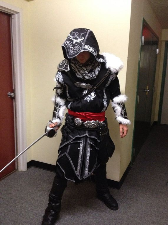 Pinterest • The world's catalog of ideas Assassins Creed Revelations Costume