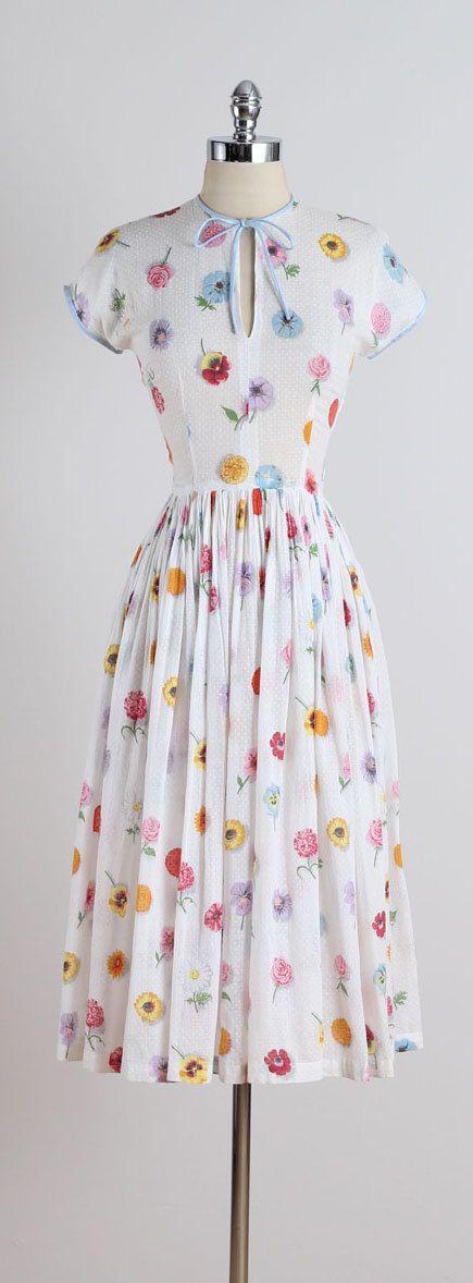 Pressed Flowers . vintage 1950s dress . by millstreetvintage