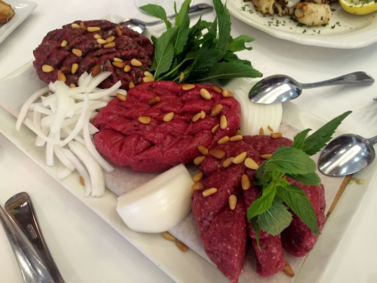 Raw minced beef, veal and lamb at La Sirène de la Mer, Montreal