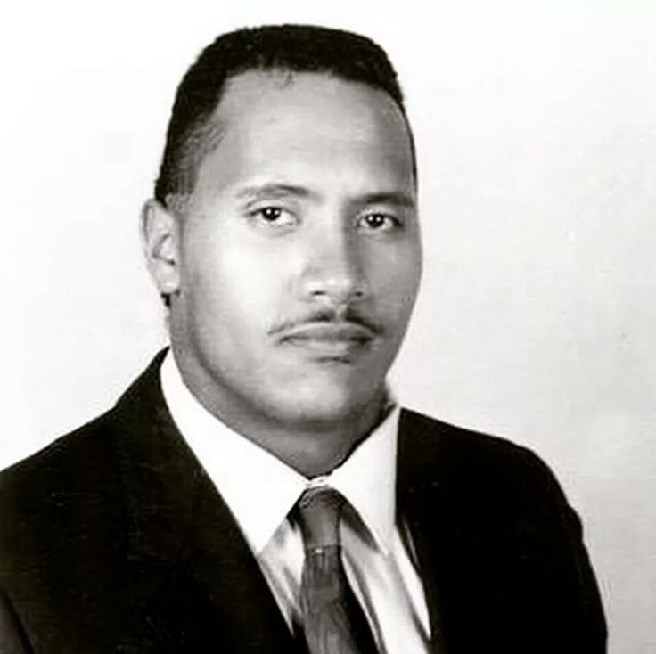 16 year old Dwayne Johnson looking older than current Dwayne Johnson. - Imgur