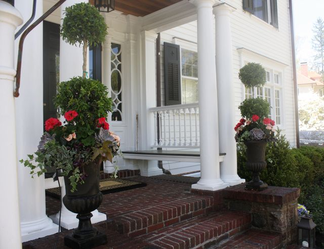smart idea for a bench on porch | Front / Wrap-Around