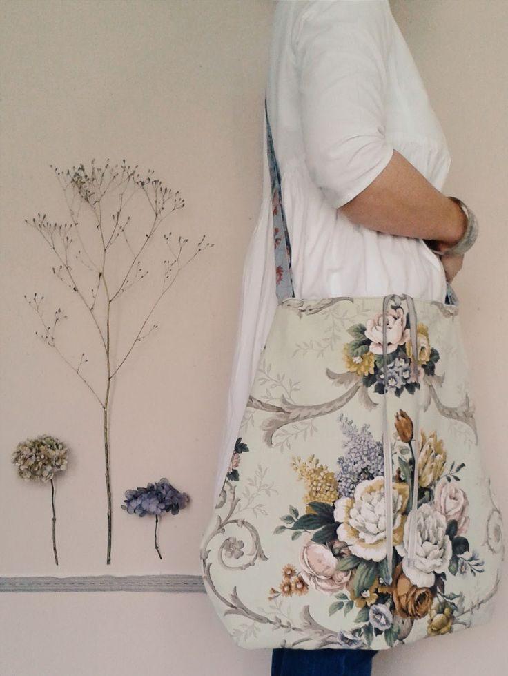 the linen garden: Meandering Bags & Work-Smocks