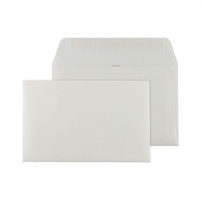 Ecru zelfklevende enveloppe met rechte klep (18,5 x 12 cm) om dan zelf haar naam op te laten schrijven