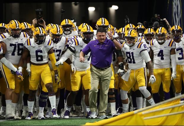 Sporting News Has Released Updated Preseason Top 25 Rankings For The 2020 Season And Pegged Lsu At No 5 Here S What The In 2020 Football Playoffs Sports Lsu Football