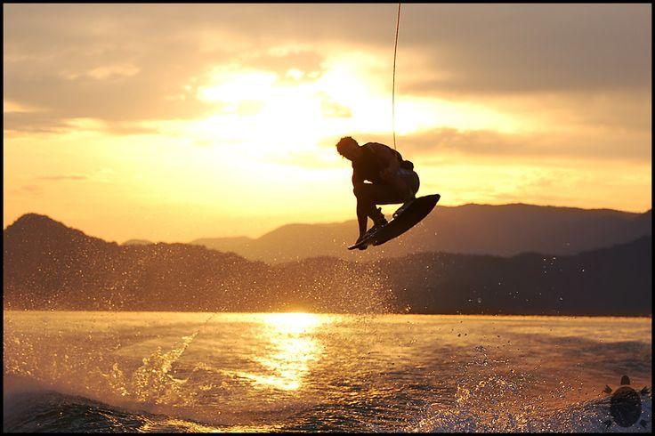 Evento acontece entre os dias 10 e 12; wakeboard em pista de gelo é uma das atrações