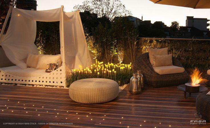 iluminacao jardim balizadorIluminação de jardim com fibra ótica