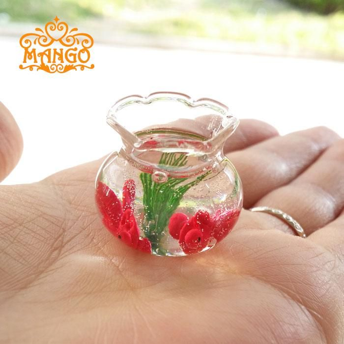 Find More Furniture Toys Information about New 1:12 Dollhouse Miniature Gold Fish Bowl Gold Fish Tank  Pets  Free Shipping,High Quality 1:12 dollhouse,China dollhouse miniature 1:12 Suppliers, Cheap miniature fish bowl from Dream dollhouse on Aliexpress.com