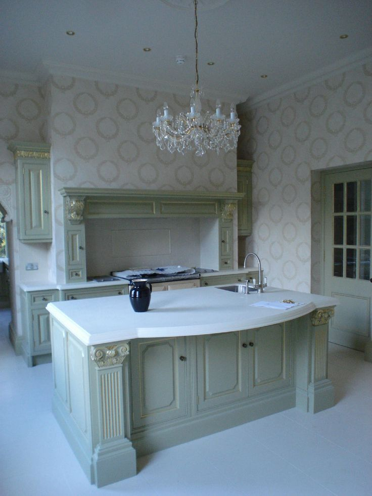 Clive Christian Regency Kitchen In Classic Green With Gold Leaf Part 72