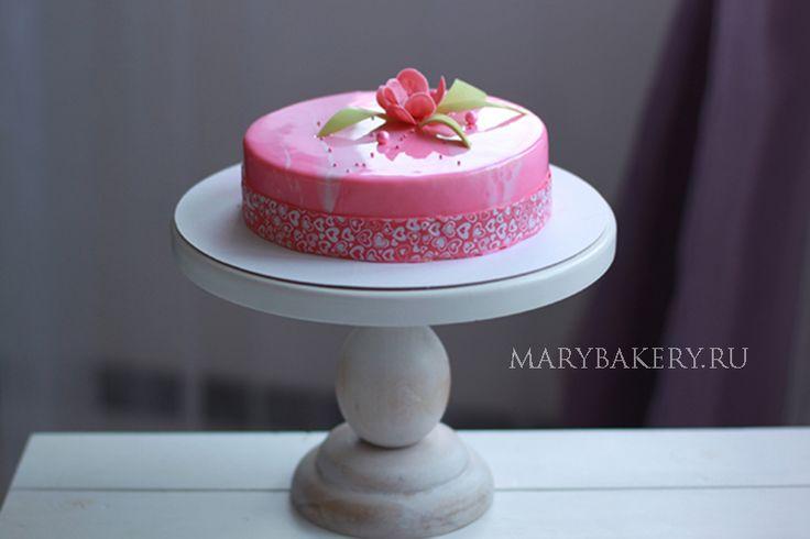 МУССОВЫЙ ТОРТ «КЛУБНИЧНЫЙ ЧИЗКЕЙК» — Mary Bakery