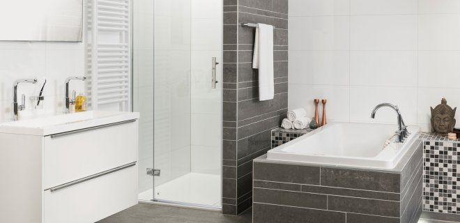 Ben je op zoek naar een complete badkamer? Grando keukens & bad heeft badkamers in alle kleuren, stijlen en soorten. In de stijlvolle badkamers vind je de laatste badkamertrends en de laatste ontw...