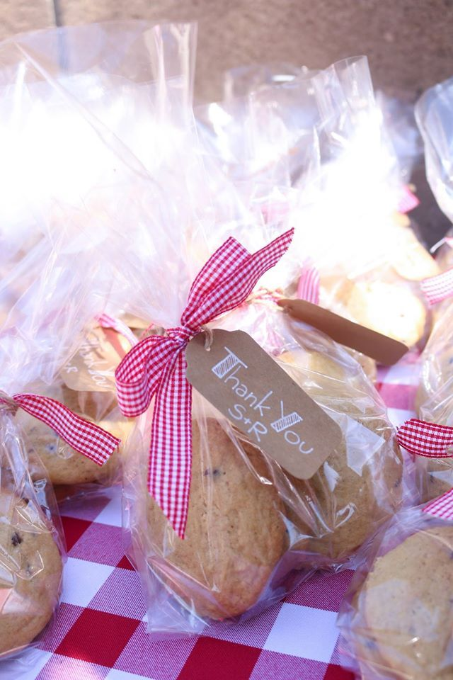 Cookie Favor Bags with Gingham Ribbon and