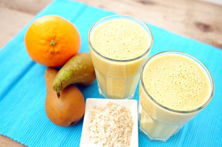 Voedzaam drinkontbijt met havermout, sinaasappel en peer