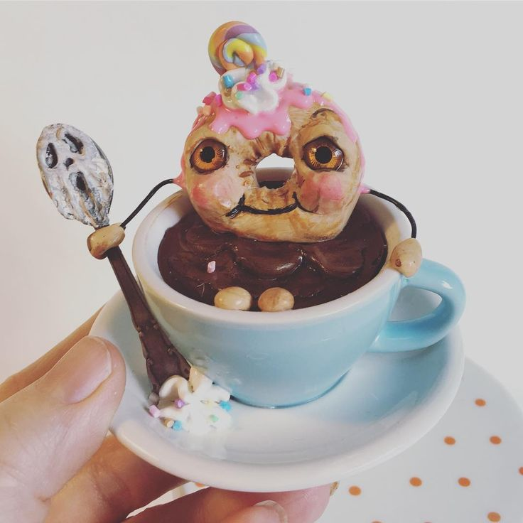 Donut you love hot chocolate on a cool morning??? Available on my site. #donut #donuts #hotchocolate #kawaii #cute #polymerclay #sculpting #foodart #anthropomorphic #kitch #vintage #yummy #sprinkles #pun #puns