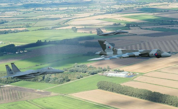 #Vulcan and #F15 flypast