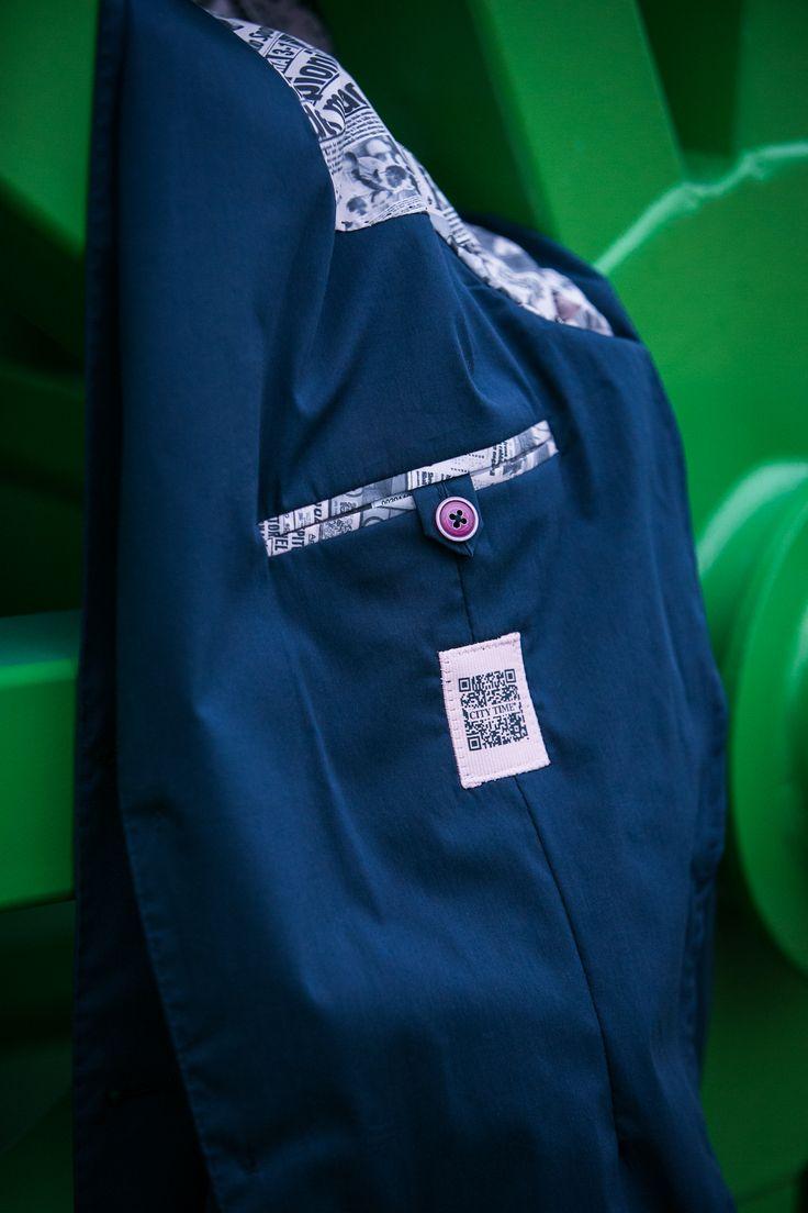 City Time in collaborazione con La Gazzetta dello Sport ha ideato questa giacca per uno stile di vita dinamico e contemporaneo. Nata dall'incontro tra eleganza e ricerca della praticità è realizzata per la primavera in un eccezionale cotone elasticizzato. Leggera, grintosa e moderna non perde mai il suo stile elegante chic.  CITY TIME e Gazzetta dello Sport… un sicuro successo! #illookintelligente #citytime #gazzettastore  #gazzettadellosport #vittoriobrumotti
