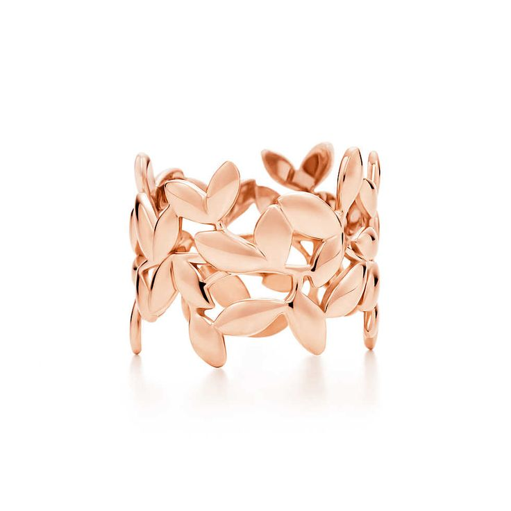 Paloma Picasso® Olive Leaf band ring in 18k rose gold.