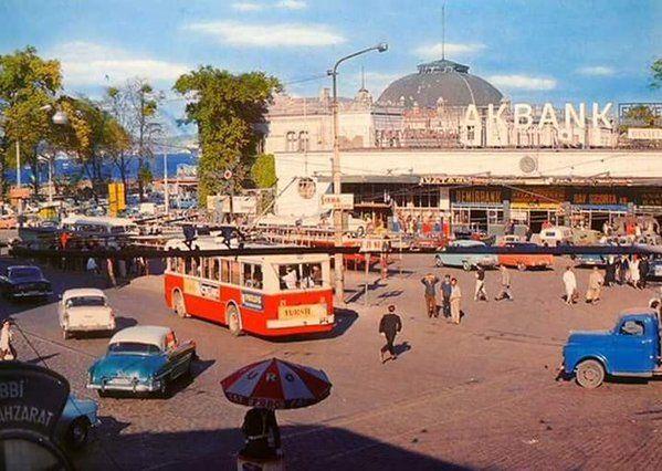 Rengarenk Sirkeci (70'ler) #birzamanlar #istanlook #nostalji