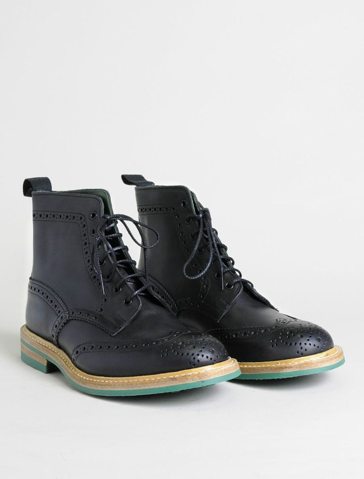 Tricker'sTricker's Stow Mens Black Brogue Boot, Scarpe, allacciato Uomo - Tricker's  #trickers #shoes #black #boots #leather