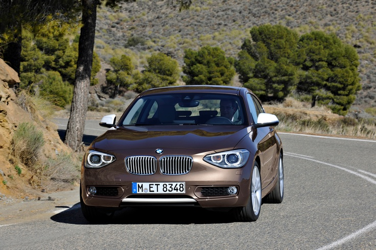 The dynamic and stretched lines of the three-door BMW 1 Series create a silhouette that is unmistakable in the compact car segment and which also gives this vehicle its own distinctive look, distinguishing it from the 5-door model. #bmw #cars #vehicle #3doorhatch