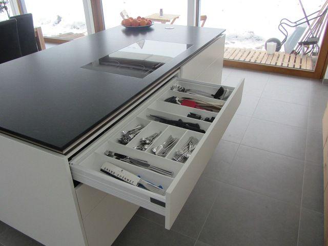Fresh K che Clean Desk Block mit geschlossener Steinplatte