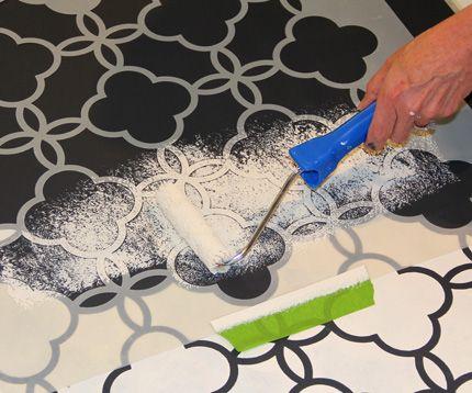 painting vinyl floor ....floorcloth-8