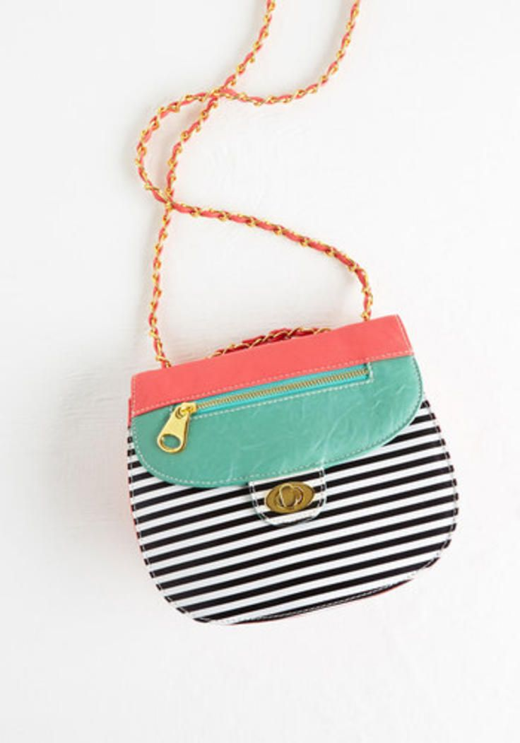 Vintage Inspired Cupcake Contest Bag by ModCloth