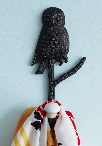 Wise on the Prize Wall Hook, #ModCloth
