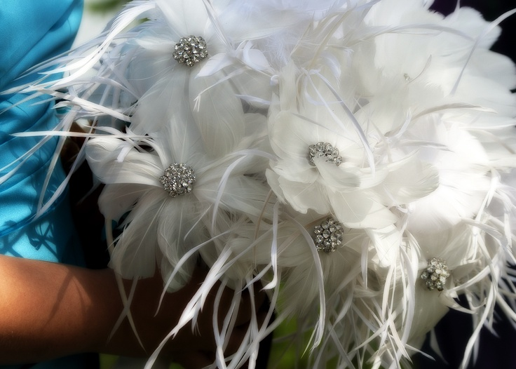 Feather bridal bouquet by Lois.