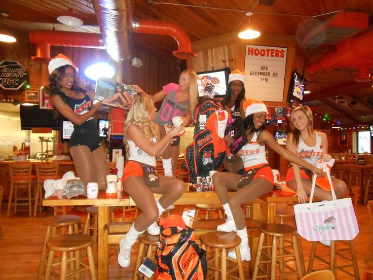 Champaign Il Hooters Girls Holidays 2013 Illinois